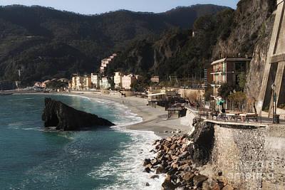 Photograph - Cinque Terre by Leslie Leda