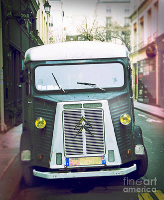 Salade Photograph - Citroen H Van Parked Retro-style by Perry Van Munster