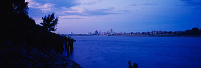 Mississippi River Scene Photograph - City At The Waterfront, Mississippi by Panoramic Images