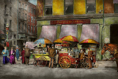 City - Ny- Lunch Carts On Broadway St Ny - 1906 Art Print by Mike Savad
