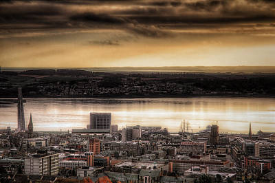 Photograph - City Of Dundee by Fiona Messenger