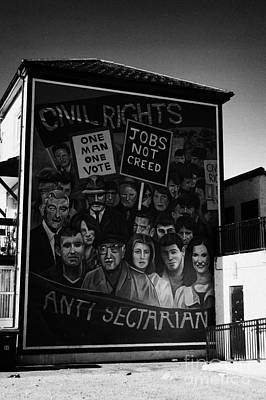 Civil Rights The Beginning Mural As Part Of The Peoples Gallery Murals In Rossville Street Of The Bogside Area Of Derry Londonderry Northern Ireland Art Print