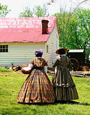 Photograph - Civil War Ladies by Larry Oskin