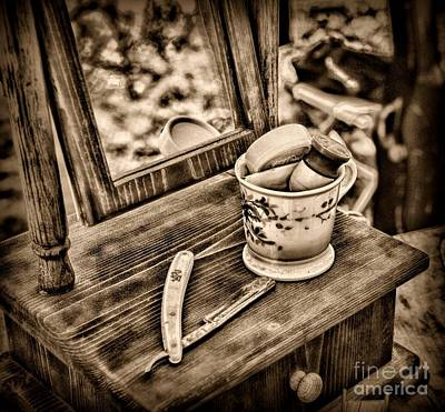 Civil War Shaving Mug And Razor Black And White Art Print by Paul Ward