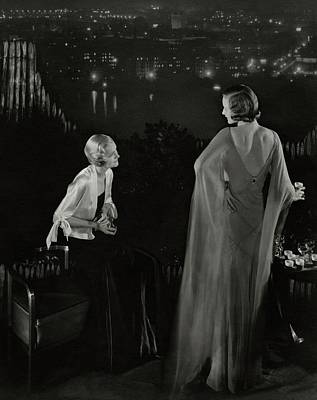 Claire Coulter And Avis Newcomb Wearing Evening Art Print by Edward Steichen