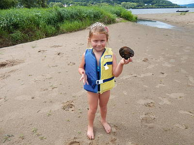 Photograph - Happy Clamming Queen by Wild Thing