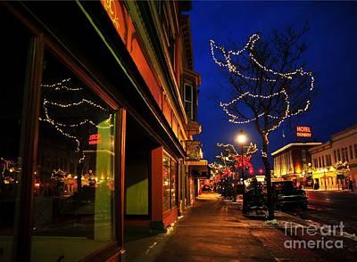 Clare Michigan Photograph - Clare Michigan At Christmas 7 by Terri Gostola