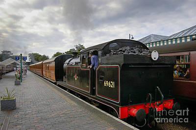 Class N7 0 6 0 2t 69621 Tank Locomotive Art Print by Simon Pocklington