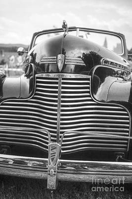 Photograph - Classic Chevrolet by Edward Fielding