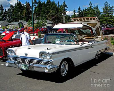 Photograph - Classic Convertible by Chris Anderson