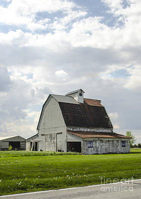 Photograph - Classic Midwestern Barn Route 66 Illinois by Deborah Smolinske
