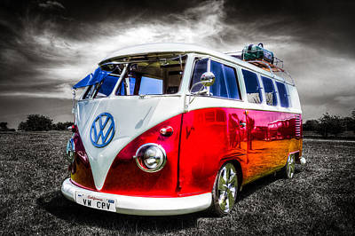 Classic Red Vw Campavan Art Print by Ian Hufton