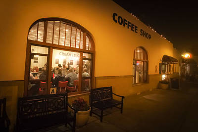 Photograph - Clayton's By Night by Dave Hall