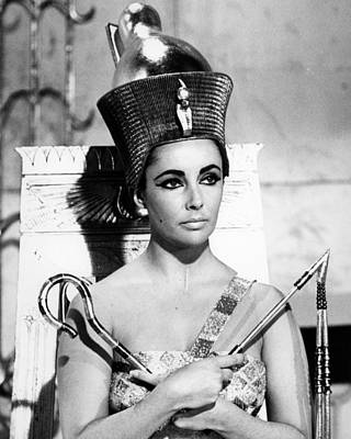 Elizabeth Taylor Wall Art - Photograph - Cleopatra by Silver Screen