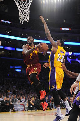 Photograph - Cleveland Cavaliers V Los Angeles Lakers by Juan Ocampo