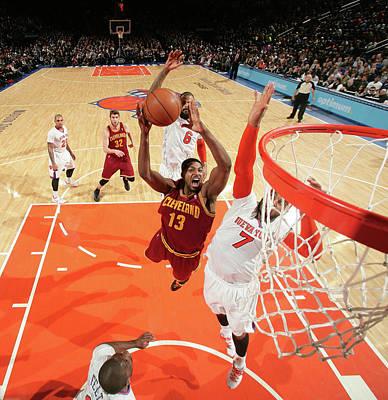Photograph - Cleveland Cavaliers V New York Knicks by Nathaniel S. Butler