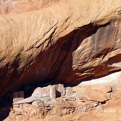 Photograph - Cliff Dwelling In Canyon De Chelly by Martha Marks