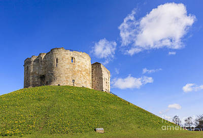 Cliffords Tower York Art Print by Colin and Linda McKie