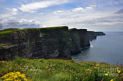 Photograph - Cliffs Of Moher Looking South by RicardMN Photography