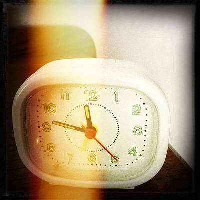 Basic Photograph - Clock by Les Cunliffe