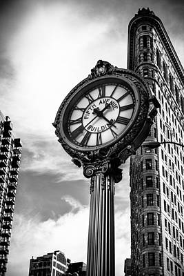 Clock Of Fifth Avenue Building Art Print