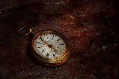 Photograph - Clock - Time Waits by Mike Savad