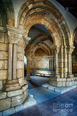 Photograph - Cloisters Arch by Ray Warren
