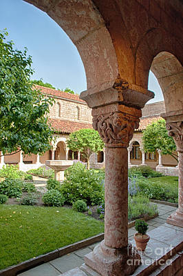 Photograph - Cloisters Courtyard by Ray Warren
