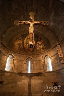 Photograph - Cloisters Crucifixion by Ray Warren