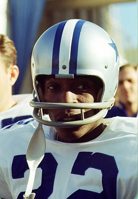 American Football Photograph - Bob Hayes by Retro Images Archive