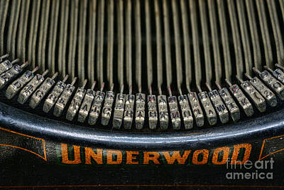 Antique Typewriter Photograph - Close Up Of Vintage Typewriter Keys. by Paul Ward