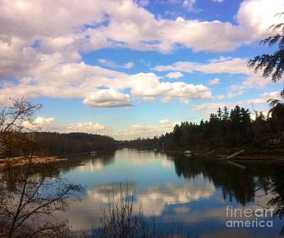 Photograph - Cloud Effect Reflect by Susan Garren