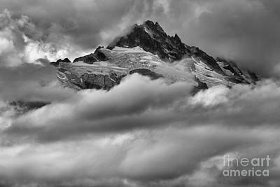 Photograph - Cloud Rush Over Tantalus by Adam Jewell