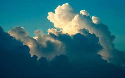 Photograph - Cloudblue by Alistair Lyne