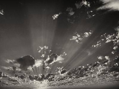 Realism Photograph - Cloudscape by Tom Druin