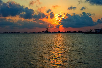 Clous Photograph - Cloudsy Sunset by Robert Brown