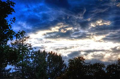 Jerry Sodorff Royalty-Free and Rights-Managed Images - Cloudy Sunset 16979 by Jerry Sodorff