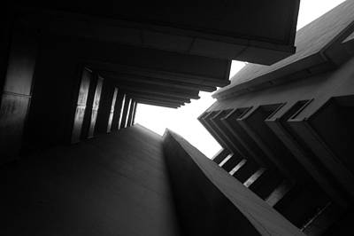 Photograph - Cluster Block - Denys Lasdun by Peter Cassidy