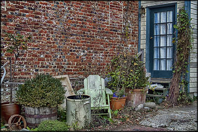 Photograph - Cluttered Alley by Erika Fawcett