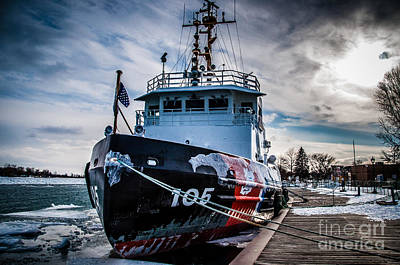 Photograph - Coast Guard Cutter 105 by Ronald Grogan
