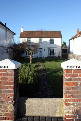 Photograph - Cob Cottage Bosham by Terri Waters