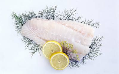 Fish Fillet Photograph - Cod Fillet With Dill And Lemon by Science Photo Library