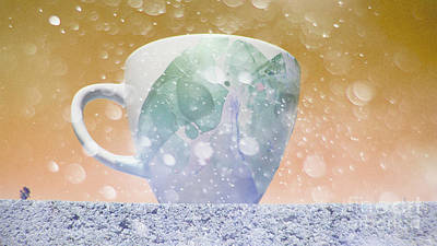 Coffe Digital Art - Coffee Cup by Beverly Guilliams