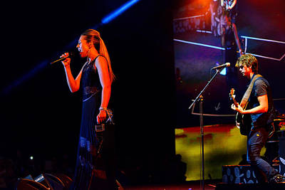 Photograph - Colbie Caillat In Las Vegas by Greg Norrell