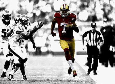 Colin Kaepernick On The Move Art Print by Brian Reaves