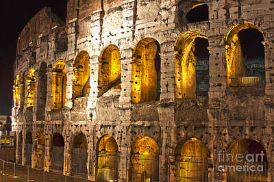Quadro Photograph - Coliseum At Night  by Mare Moraes