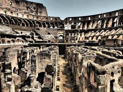 Maravilla Photograph - Dramatic Coliseum by Giorgio Lumaconi