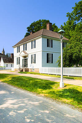 Photograph - Colonial American Architecture In Williamsburg by Mark E Tisdale