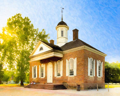 Photograph - Colonial Courthouse In Old Williamsburg by Mark E Tisdale