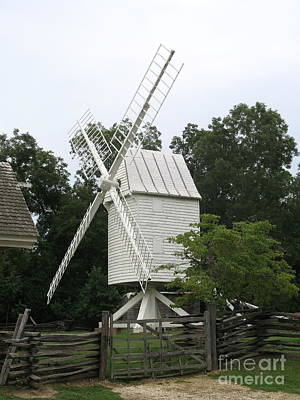 Old Windmill Wall Art Photograph - Colonial Williamsburg White Mill by Christiane Schulze Art And Photography